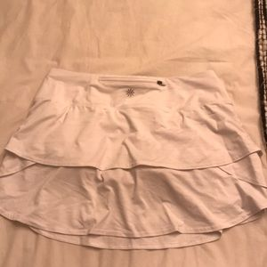 white athleta ruffle skirt